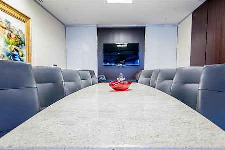 Servcorp - Boston One International Place - Executive Boardroom 10 people