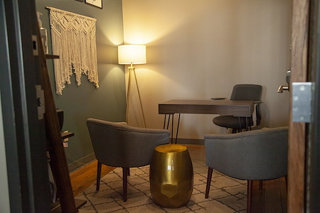 Fueled Collective – Minneapolis Northeast - Small private office
