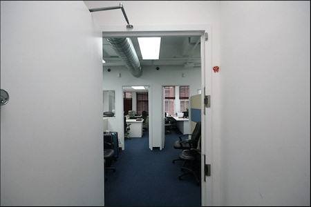 DHC - Entire Office incl 2 private cabins