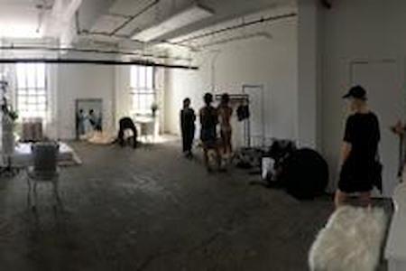 Studio 300 - Office Suite 1