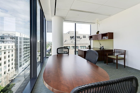 Carr Workplaces - Capitol Hill - Office 955