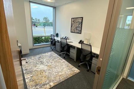 Regus   SPACES @ Playa District - Office 1004