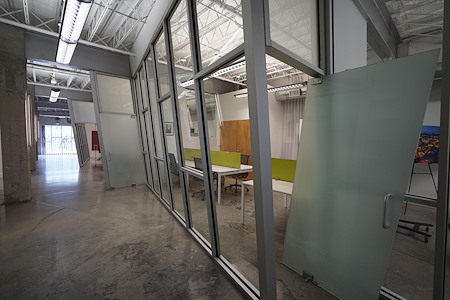 Martin Bravo - Private Office Suite