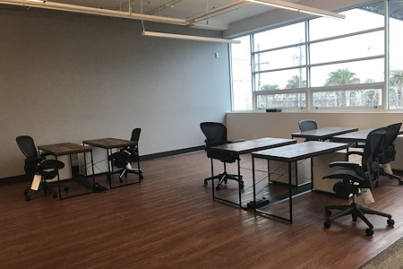 Xpansiv Office - Open Desk 1
