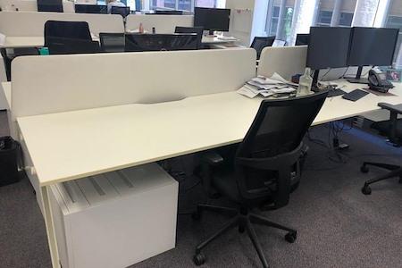 IMFG - Modern Open Space Office with Big Desks