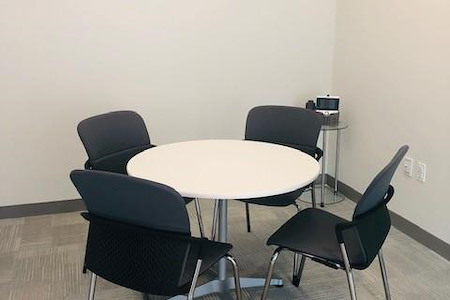 Servcorp 667 Madison Avenue - Small Meeting Room