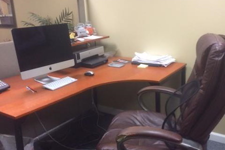 IGM Creative Group - Desk for 1