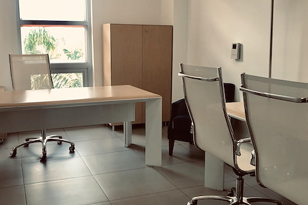 Tedge Mindful Coworking - Medium Private Office
