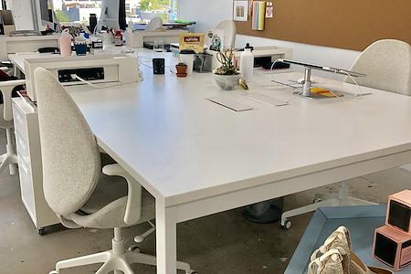 ANTIDOTE - Dedicated Desk 2