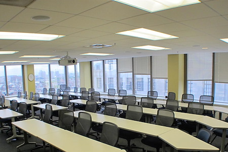 Back Bay Meeting, Conference, and Training Center - The Clarendon Room