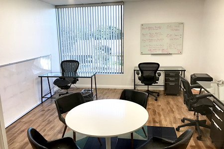 Blank Paige - Private Glass Creative Office Space