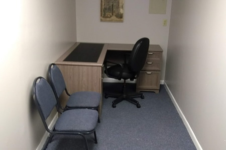 Meetings & Offices at 1520 Rock Run Drive - Single Desk, Suite 12, Desk B
