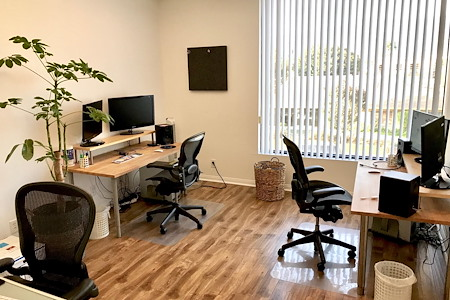 Blank Paige - Private Group Creative Office
