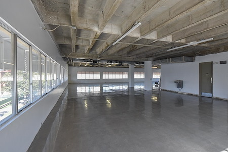 6ixFloors Creative - 5th Floor - Storage