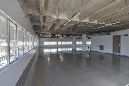 6ixFloors Creative - 5th Floor