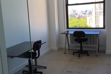 Maker's Row - Brooklyn Heights - Sunny Downtown Brooklyn Office Space