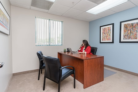 Lakeside Executive Suites - Day Office