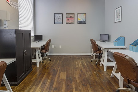 CoWorkTampa - Medium Office