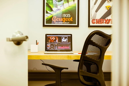 Platform Coworking Ravenswood - Private Office Wicker Park