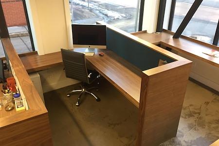 The Renbrandt on Mass Ave - Dedicated Desk
