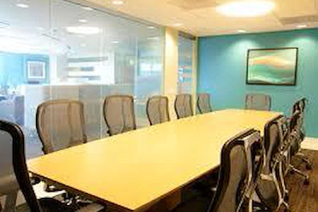 Regus - Wilshire Beverly - 10 Person Boardroom