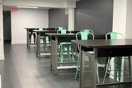 Culture Estate - Dedicated Desk 1