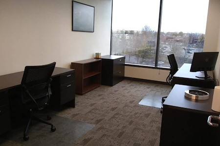 ExecuSuites I-270 - Co-Working Private Office