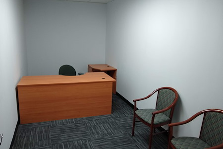 Upscale Fully Furnished Office Space (Paramus) - B10