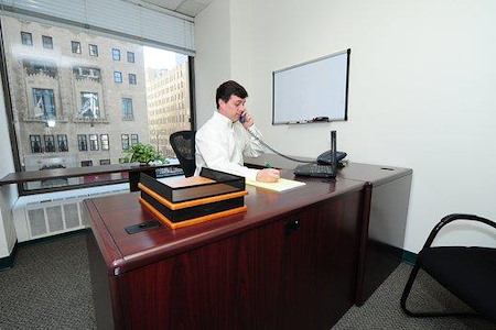 Chicago Virtual Office - Single, furnished office