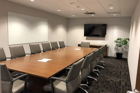 BLANKSPACES | IBASE Irvine - Large Meeting Room #1605