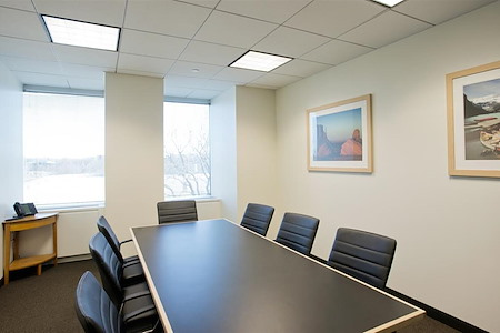 Intelligent Office RXR Plaza (Uniondale) - Meeting Room 2