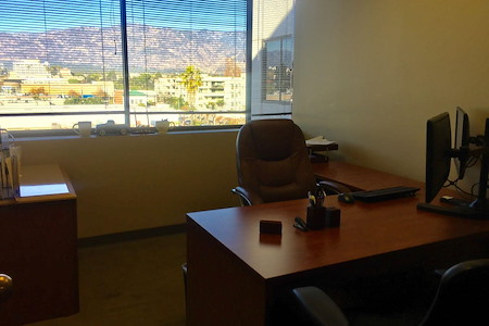 AGA Cap Work Space - Office Suite 2