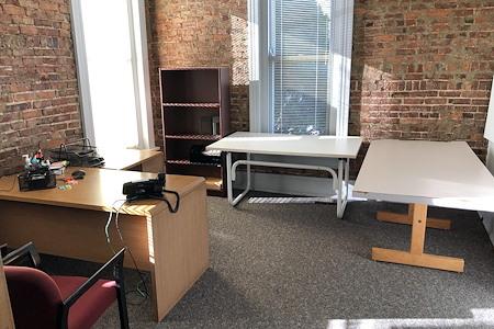 Rob Brantley's - Midtown Nashville Office Spaces