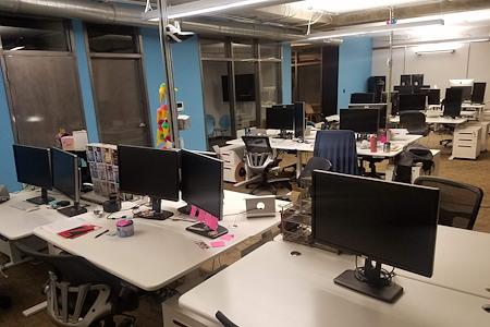Kloudless - Dedicated Desk 1