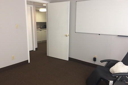 Mesa Meets Here - Private Office