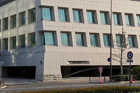 Regus   Tokyo Aoyama Place Canada - Dedicated Desk
