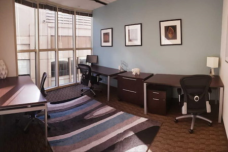 Regus   580 California - CoWorking Window Office