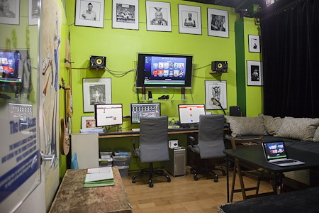 The Cool Beans Studio - Bryant Park - Private Office Lounge (Natural Light)