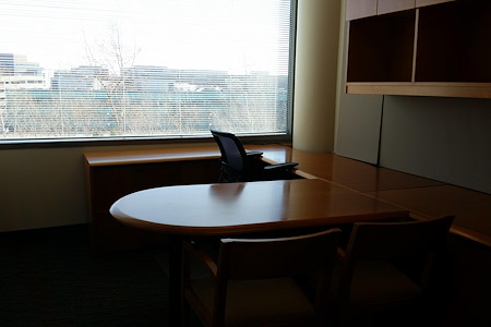 PLG - PRIVATE OFFICE