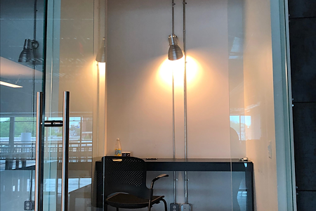 URBAN CO-WORKS - Private One-Person Office