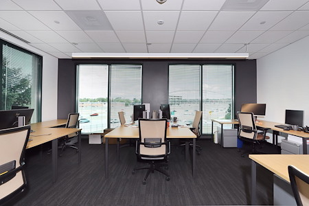 Venture X | Denver South - 8 person office with privacy dividers