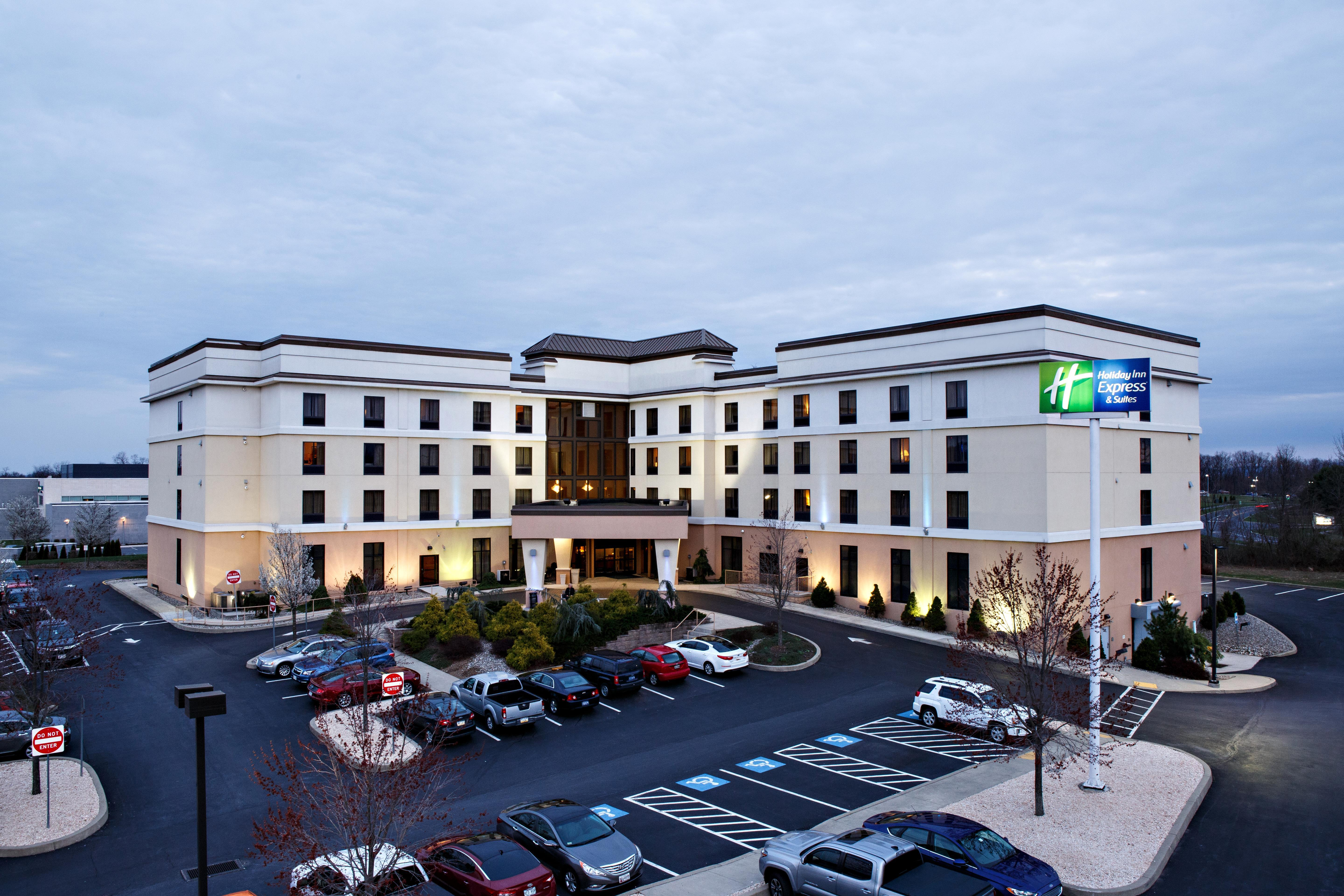 Logo of Holiday Inn Express & Suites Harrisburg West