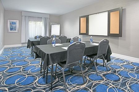 Holiday Inn Express North Houston IAH Area - Meeting Room 1