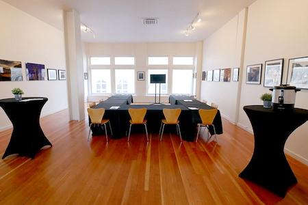Oakstop 14 - Beckford Suite
