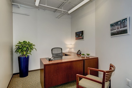Carr Workplaces - Dupont - Desales Day Office