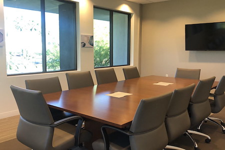 BLANKSPACES | IBASE Irvine - Medium Meeting Room #2108