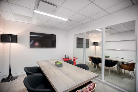 Space 530 – NYC Midtown - Conference Room - Mezz