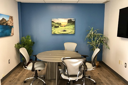 Jefferson Workspace - Blue Meeting Room
