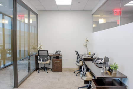 Silver Suites Offices - 7 World Trade Center - Suite 49