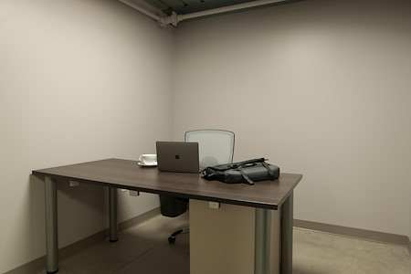 Domi|RE Suites - Carmel - Office 122 - Monthly
